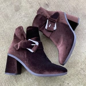 MUK LUKS Josephine Velour Ankle Boots Brown Size 9